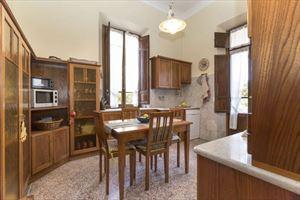 Villa  Liberty Pietrasanta  : Sala da pranzo