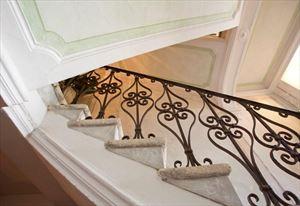 Villa Astri Vista Mare : Marble stairs