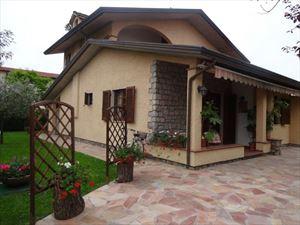 Villa Alfa : Отдельная вилла Форте дей Марми