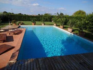 Villa dei Cedri: Villa bifamiliare Camaiore