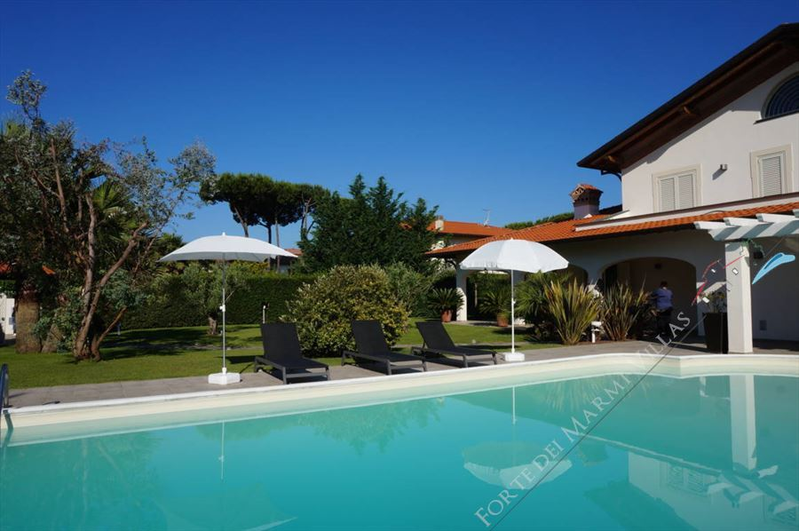 Villa Fiorentina  : Swimming pool