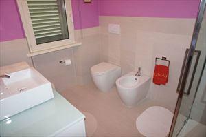 Villa Fiorentina  : Bathroom with shower