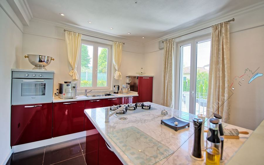 Villa Cherry : Kitchen