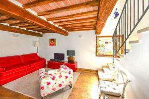 Villa Vista Camaiore : Гостиная