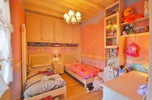 Villetta Gabbiano : спальня с двумя кроватями