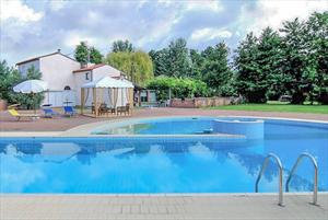 Villa Eden : Swimming pool