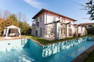 Villa dei Sogni : Villa singola in affitto Forte dei Marmi