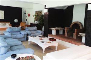 Villa Ronchi Beach  : Гостиная