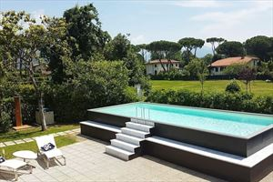 Villa Ronchi Beach  : Swimming pool