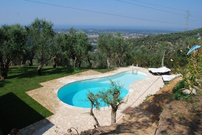 Villa Panorama detached villa to rent and for sale Pietrasanta