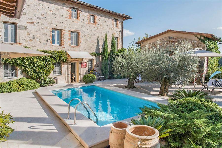 Villa Elisa : Vista esterna