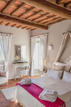 Villa Elisa : спальня с двуспальной кроватью