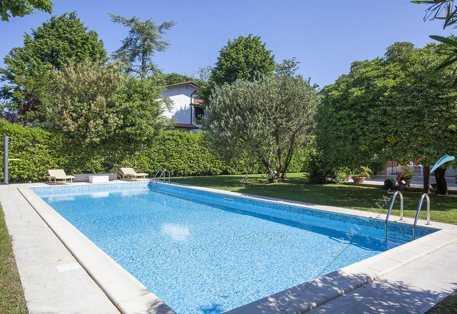 Villa Stone  : Piscina