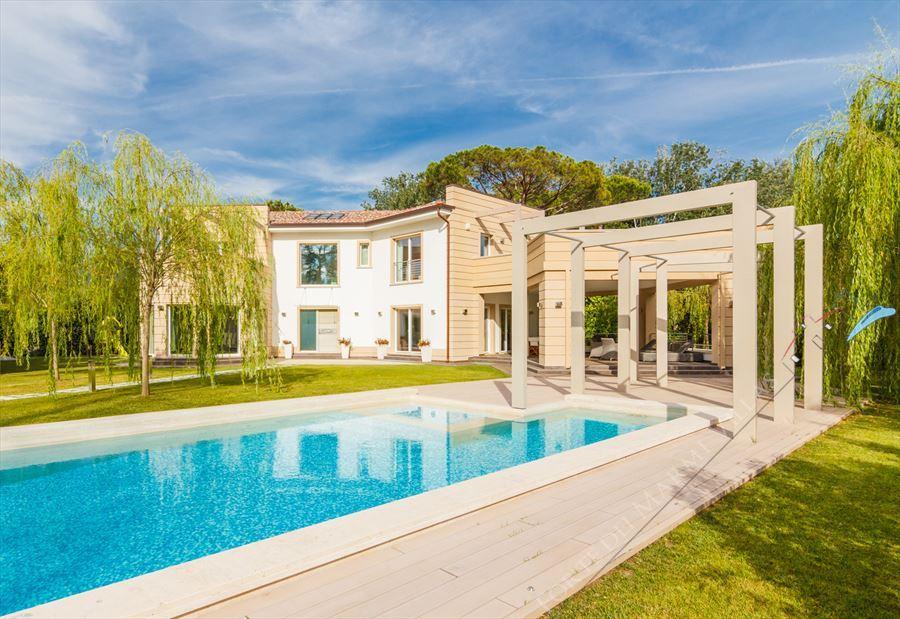 Villa Prestige : Vista esterna