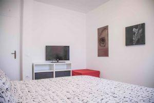 Villa Enrico  : спальня с двуспальной кроватью