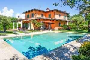 Villa delle Rose: Отдельная вилла Форте дей Марми