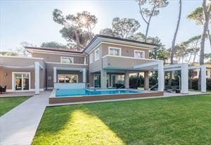 Villa New Roma Imperiale