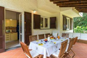 Villa Eva : Вид снаружи