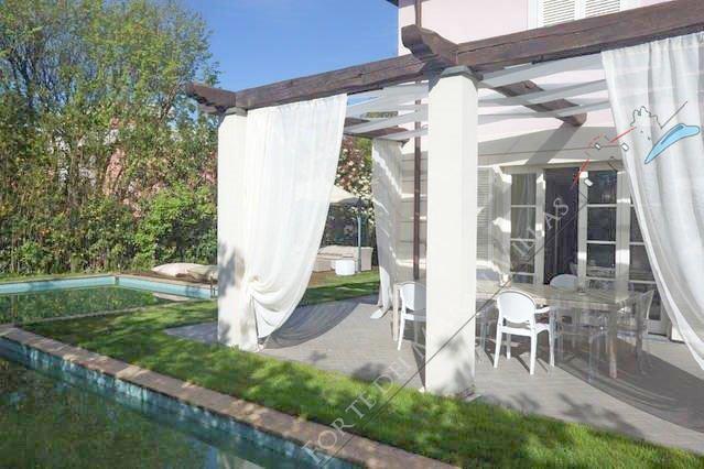 Villa dei Sogni : Outside view
