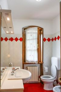 Villa Splendida : Bathroom with shower