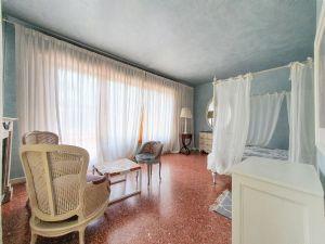 Villa Donatello : Camera matrimoniale