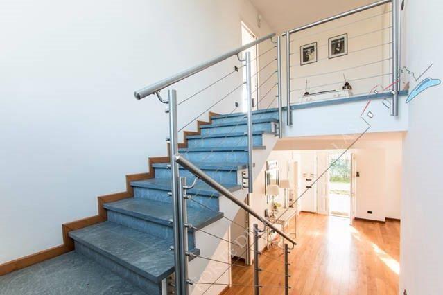 Villa dei Sogni : Wooden stairs