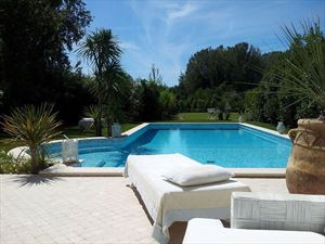 Cristal  Villa  : detached villa to rent Vaiana  Forte dei Marmi