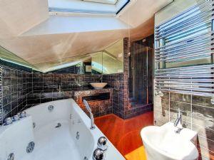 Villa Susanna : Bagno con vasca