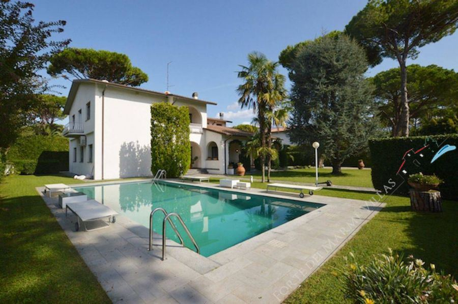 Villa Afina   detached villa to rent and for sale Forte dei Marmi