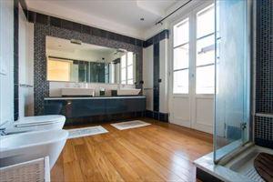 Villa dei Sogni : Bagno con doccia