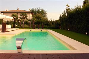 Villa Luce : Piscina