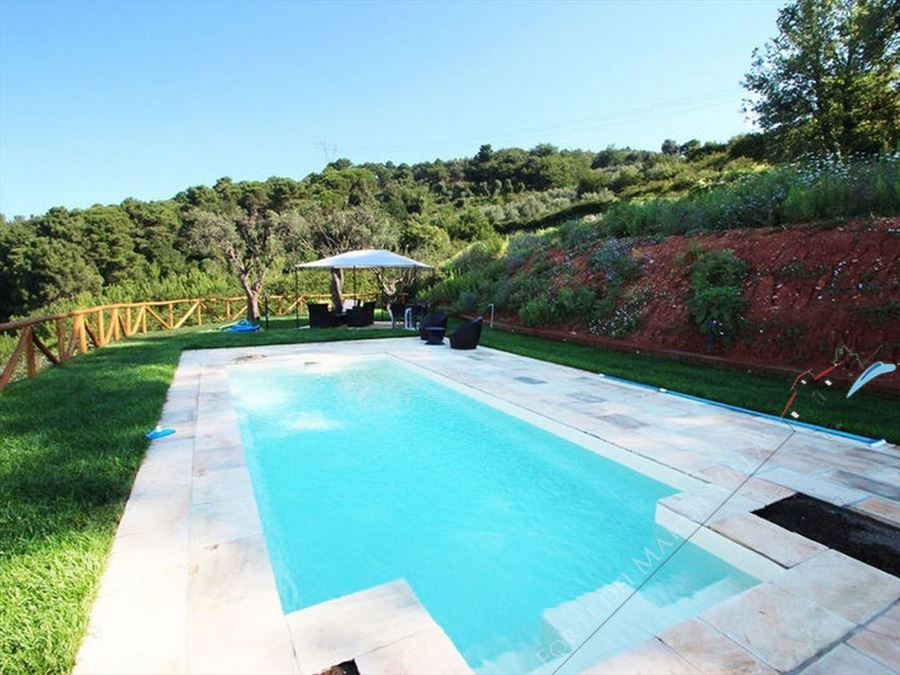 Villa Amazing Sea View  semi detached villa to rent and for sale Pietrasanta