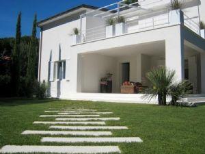Villa Eden : Outside view