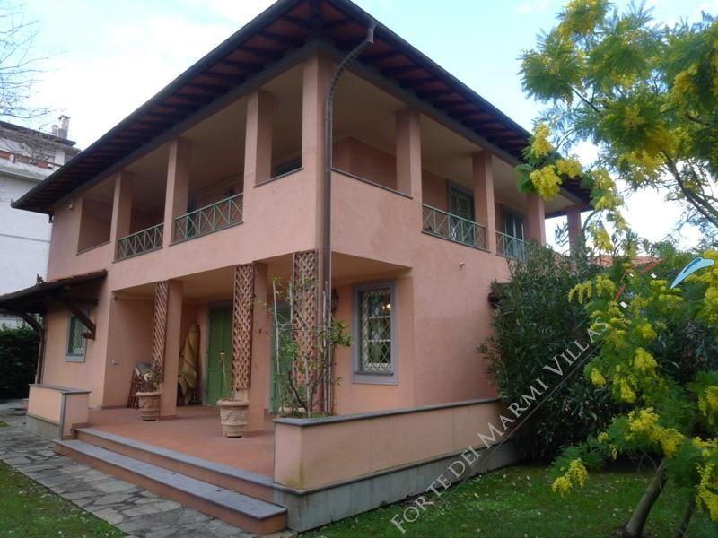 Villa Versilia Beach  : Vista esterna