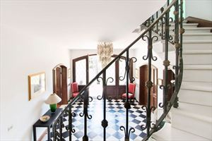 Villa residenza d epoca  : мраморная лестница