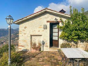Villa  Fantastica  : Outside view