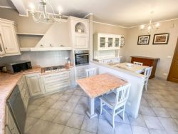 Villa Fiorita : Кухня
