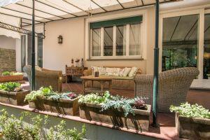Villa Poesia : Outside view