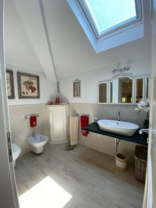 Villa Sting  : Bagno con doccia