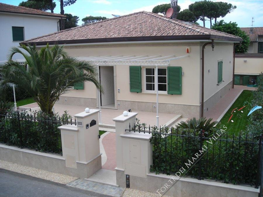 VILLA PETROSA  - Detached villa to Rent and for Sale Marina di Pietrasanta