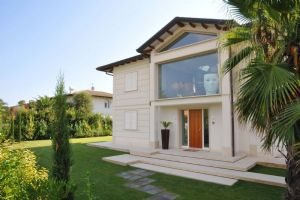 Villa Luce : Outside view