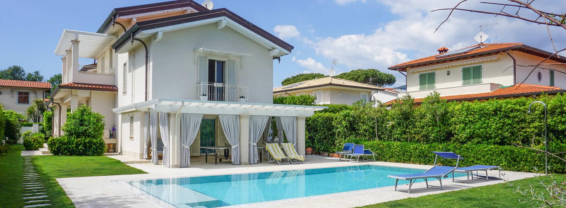 Villa Ludovica Villa singola  in vendita  Forte dei Marmi