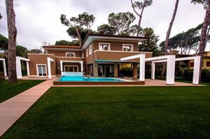 Villa New Roma Imperiale  : Detached villa Forte dei Marmi
