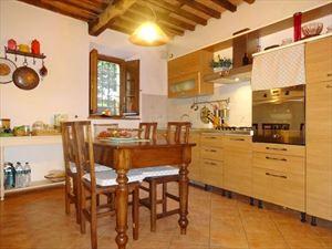 Appartamento Donatella : Apartment Camaiore
