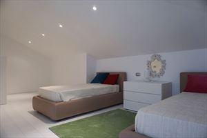 Appartamento Elite   Luxe : спальня с двумя кроватями