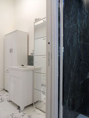 Appartamento Apollo : Bathroom with shower