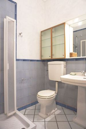 Appartamento in centro storico : Bathroom with shower