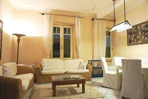 Appartamento in centro storico : Гостиная