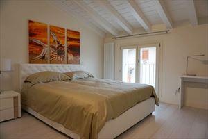 Appartamento Fiorenza : спальня с двуспальной кроватью