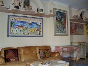 Villa Artista : Inside view